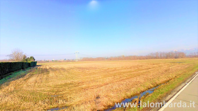Terreno commerciale in Vendita a Busnago: 8460 mq