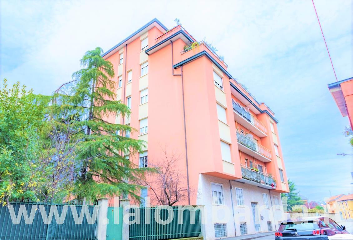 Appartamento in Vendita a Brugherio: 2 locali, 60 mq