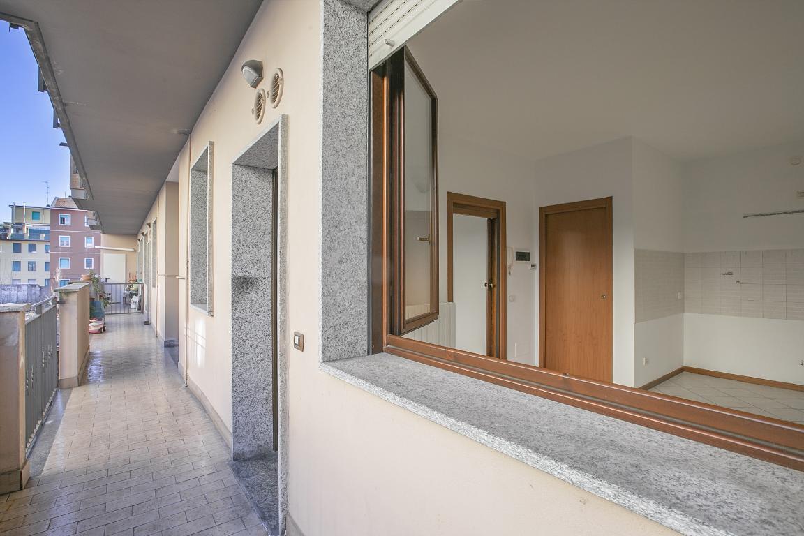 Appartamento in Vendita a San Donato Milanese: 2 locali, 38 mq