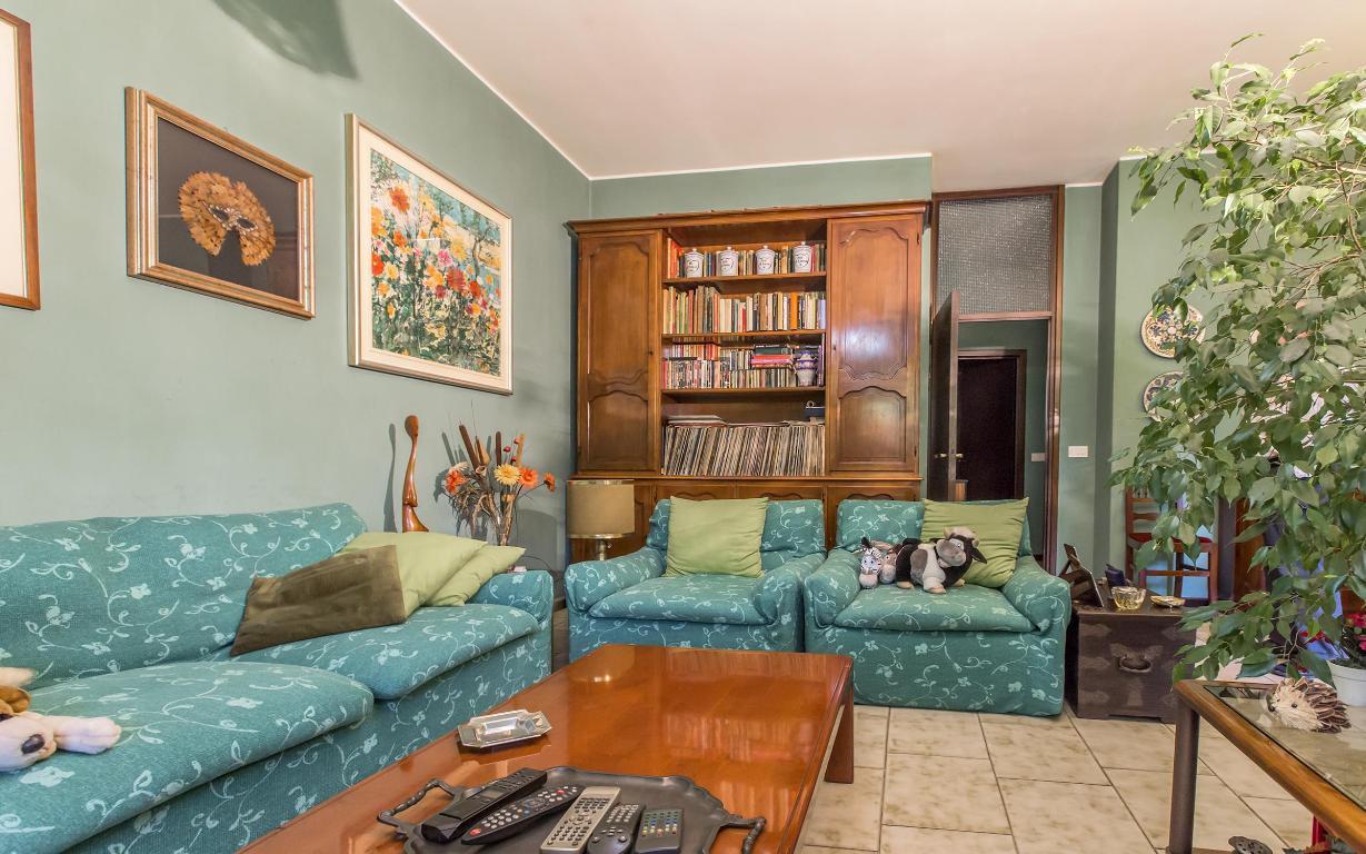 Appartamento in vendita a san donato milanese via agadir for Arredamenti ballabio san donato milanese