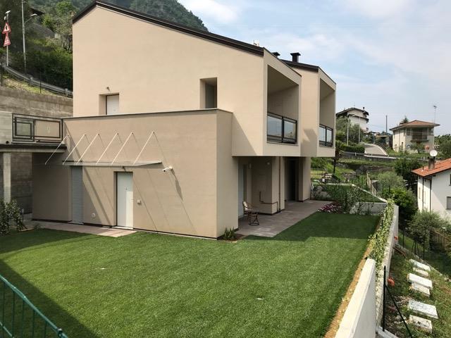 Appartamento in Vendita a Oliveto Lario