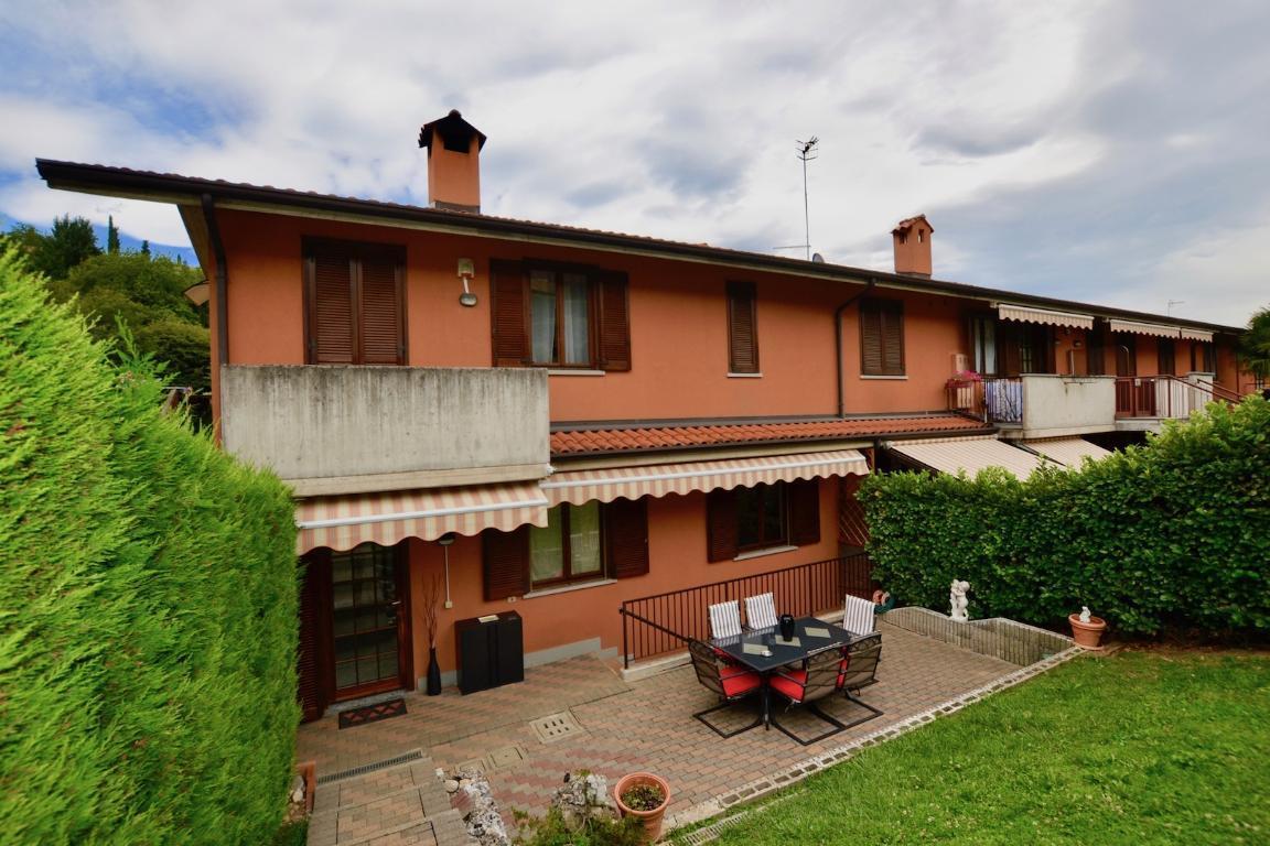 Appartamento in vendita a Pontida, 3 locali, prezzo € 160.000 | CambioCasa.it