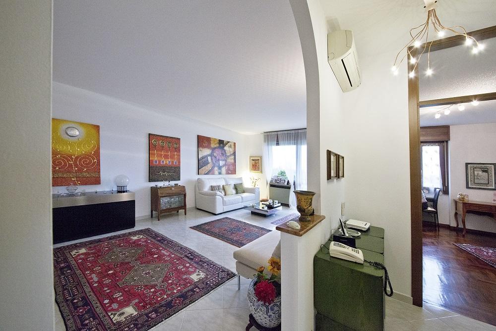 Appartamento in vendita a Monza, 3 locali, zona Località: Policlinico, prezzo € 219.000 | Cambiocasa.it