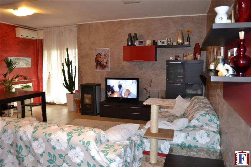 Appartamento in vendita a Mapello, 3 locali, zona Località: Centro, prezzo € 158.000   Cambio Casa.it