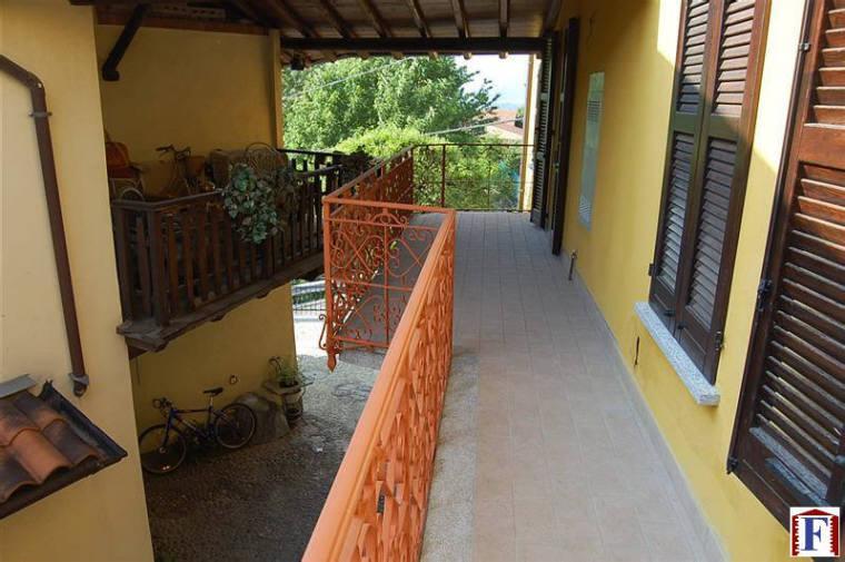 Appartamento in vendita a Brivio, 3 locali, prezzo € 140.000 | Cambio Casa.it