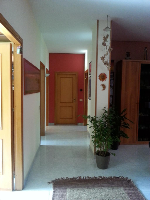 Foto - Appartamento In Vendita  Palermo