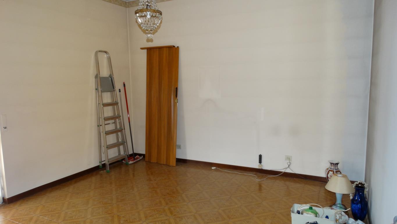 Bilocale Arcore Via Giuseppe  Parini 31 2