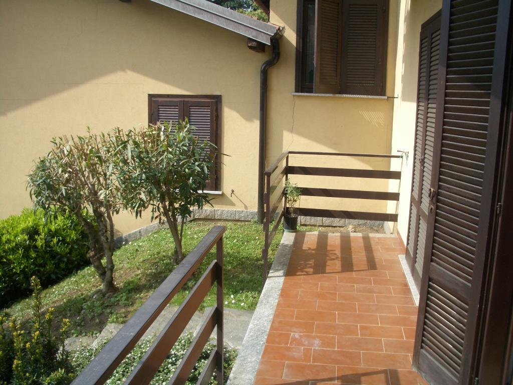 Bilocale Montegrino Valtravaglia Via Gragna 9 3