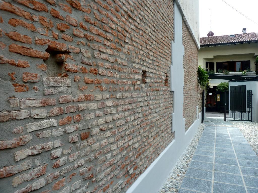 Bilocale Monza Via Medici 18 1