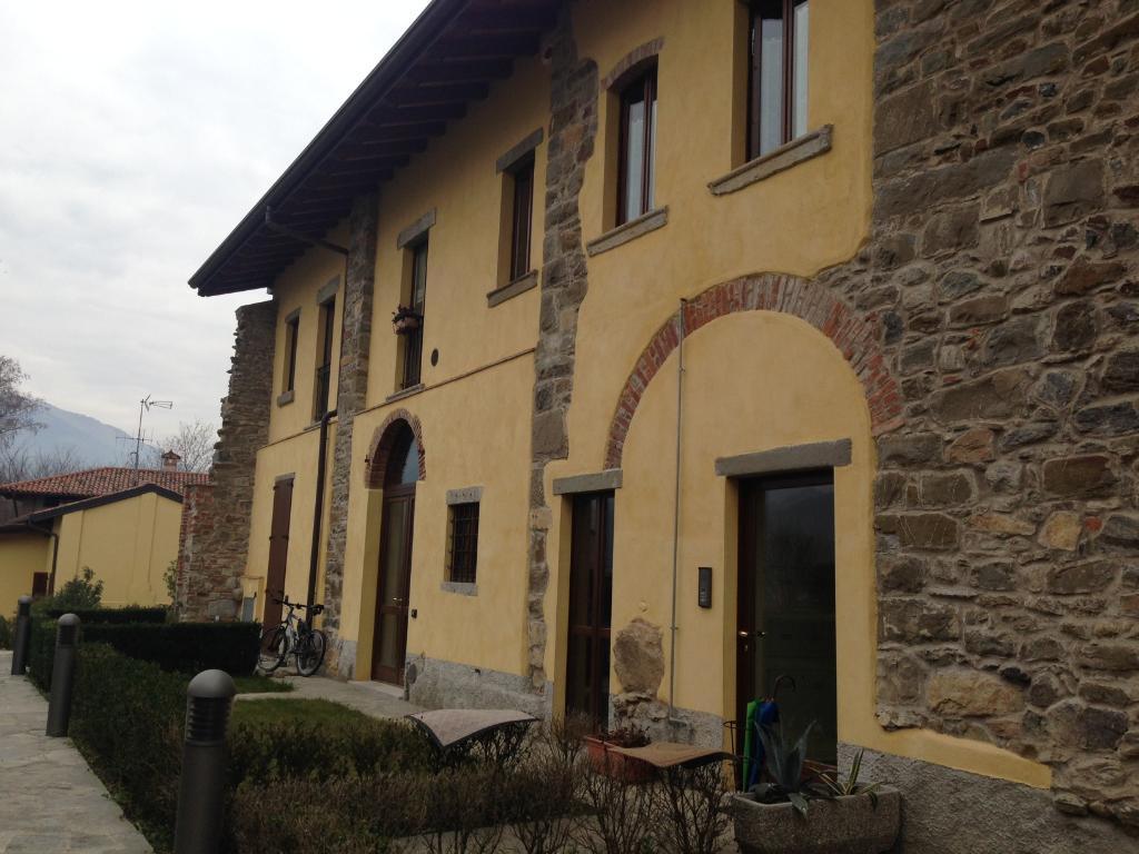 Appartamento in affitto a Pontida, 2 locali, prezzo € 400 | Cambio Casa.it