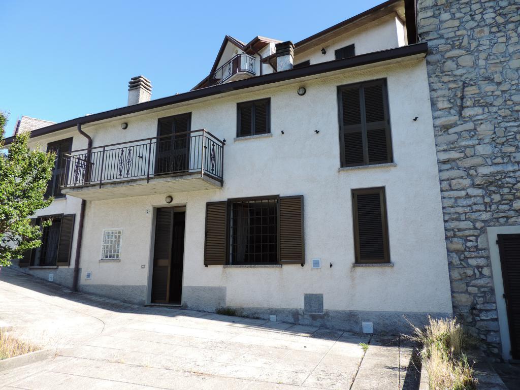 Soluzione Semindipendente in vendita a Torre de' Busi, 4 locali, prezzo € 120.000 | CambioCasa.it