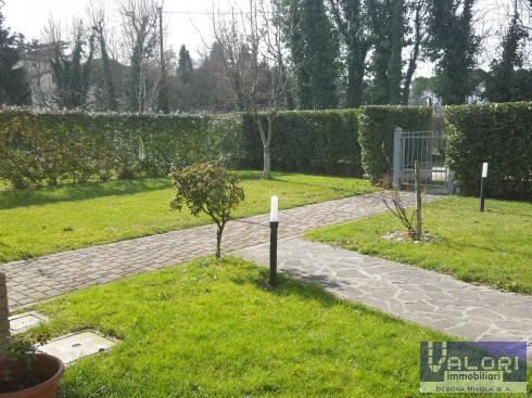 Soluzione Semindipendente in vendita a Faenza, 4 locali, zona Località: ZONA MONTE, prezzo € 299.000 | Cambio Casa.it