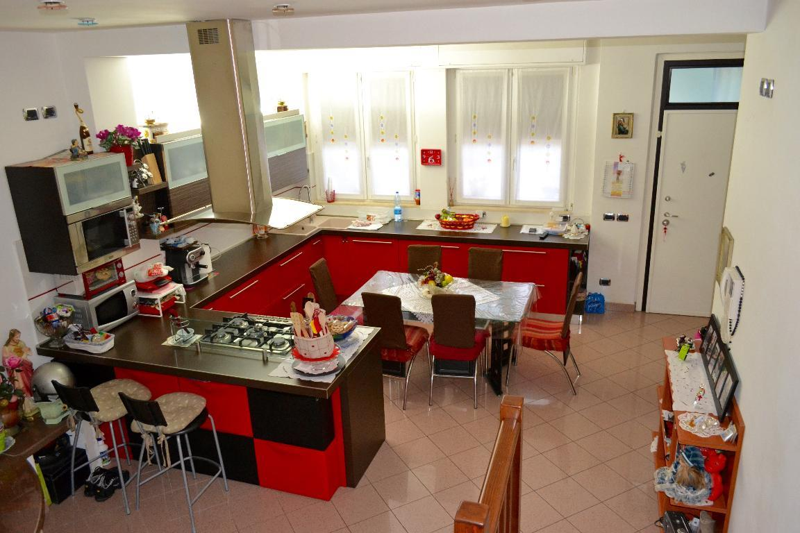 Soluzione Indipendente in vendita a Vercurago, 4 locali, prezzo € 208.000 | Cambio Casa.it