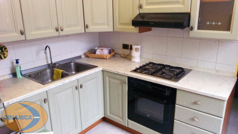 Appartamento in affitto a Monticello Brianza, 2 locali, prezzo € 450 | CambioCasa.it
