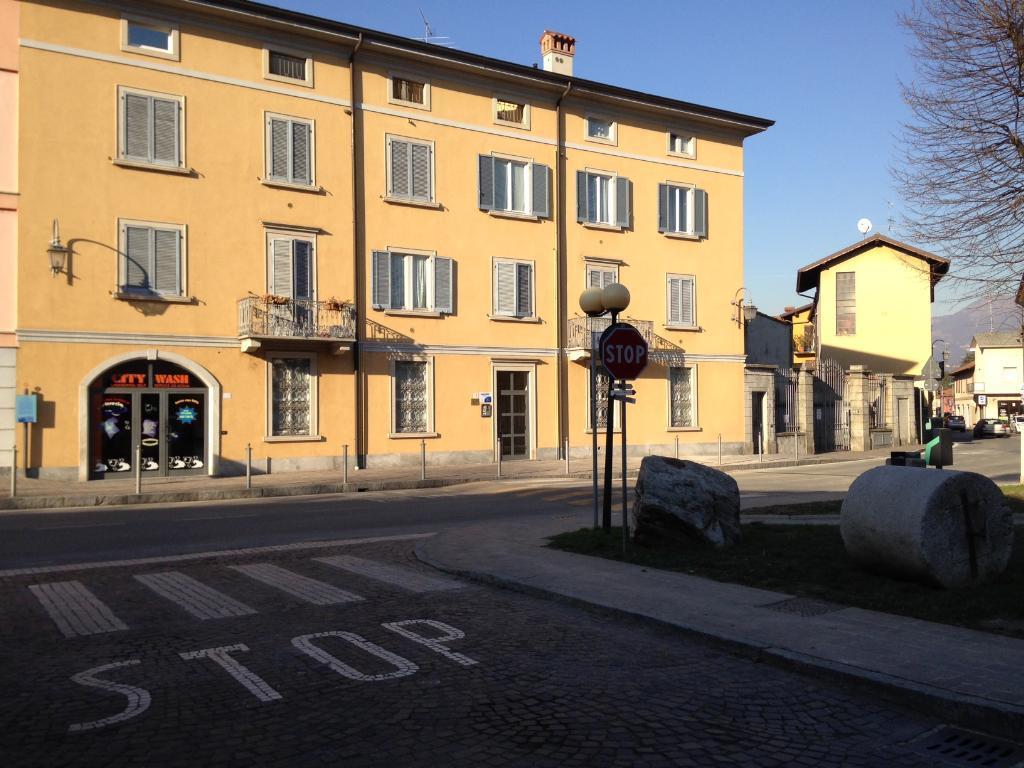 Bilocale Imbersago Via Castelbarco 42 1