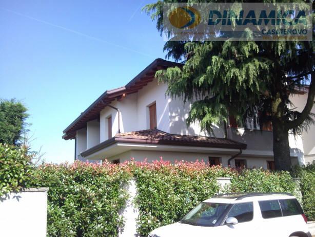 Bilocale Lomagna Via Villaggio Dei Pini 9