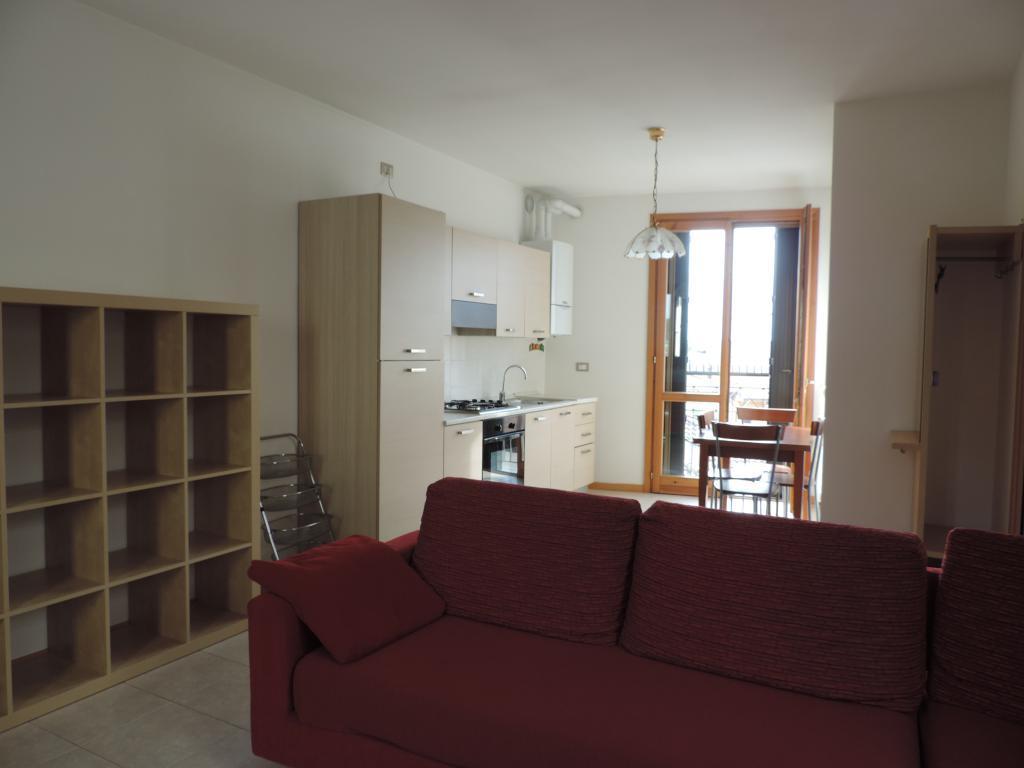 Appartamento in affitto a Cisano Bergamasco, 2 locali, prezzo € 460 | Cambio Casa.it