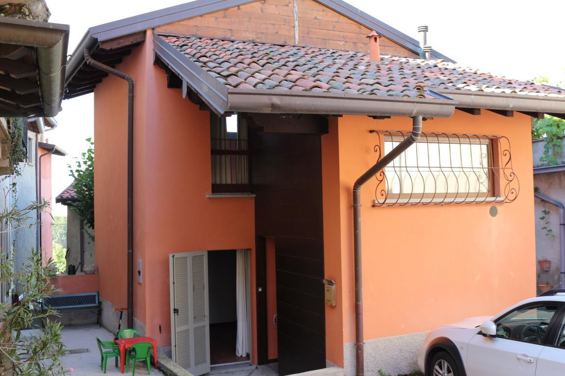 Bilocale Perego Via Lissolo 1