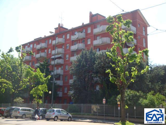 Appartamento in vendita a Milano, 2 locali, zona Località: V.LE UNGHERIA, prezzo € 120.000 | Cambiocasa.it