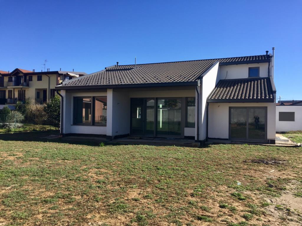 Villa in vendita a Sovico, 5 locali, prezzo € 880.000 | Cambio Casa.it