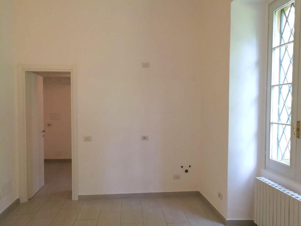 Appartamento LECCO vendita   Via Mentana Agenzia Immobiliare Metroquadro