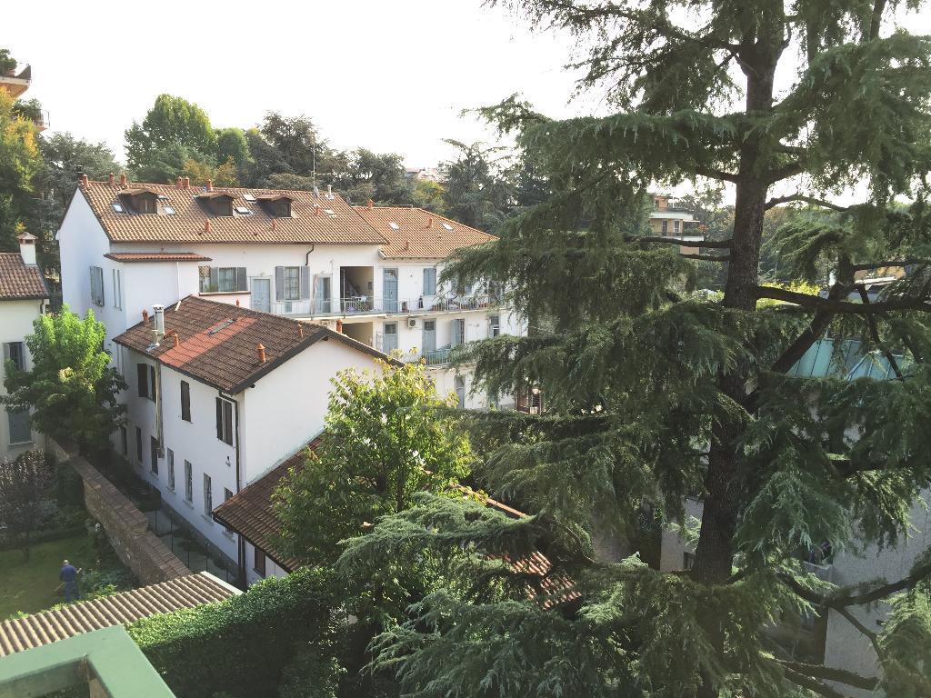 Bilocale Monza Via Benedetto Marcello 13 2