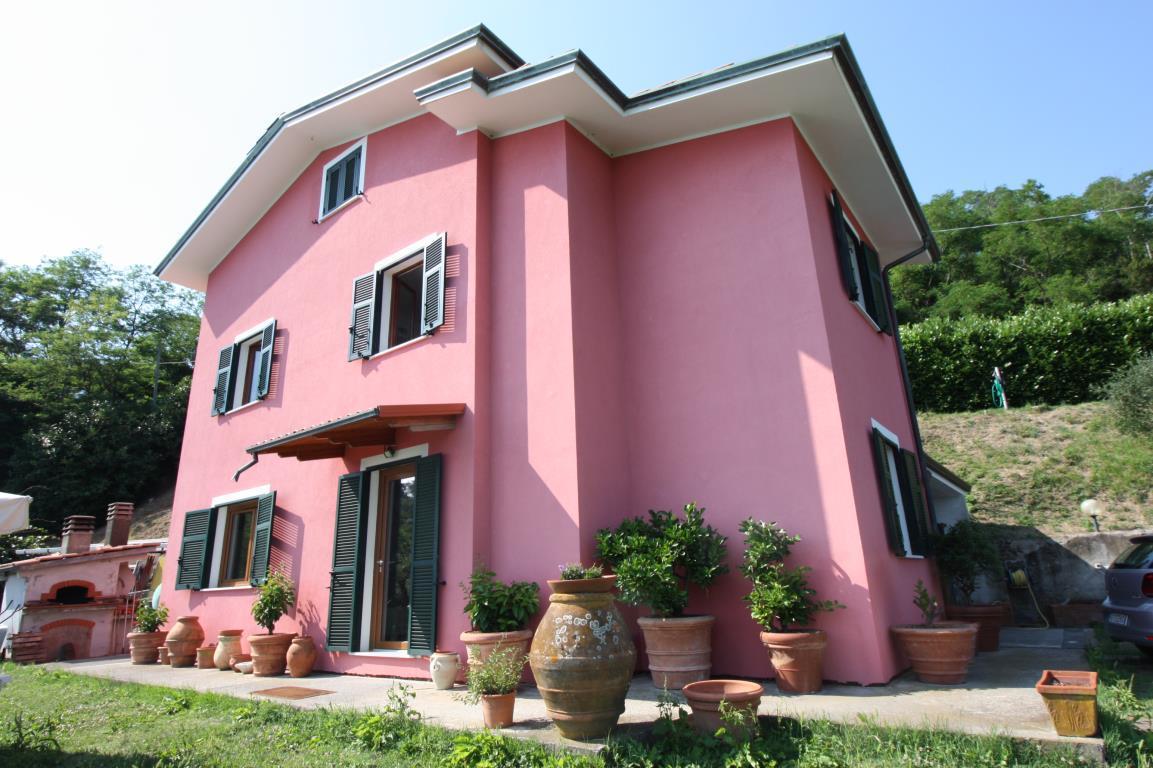 Villa, Montalbano, Vendita - La Spezia