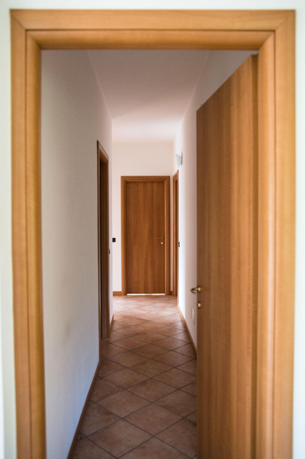Appartamento in vendita a Pescate, 4 locali, prezzo € 249.000 | Cambio Casa.it