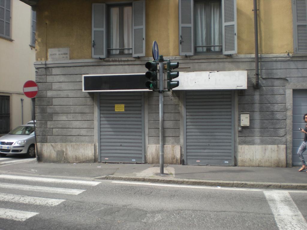 Negozio / Locale in affitto a Como, 1 locali, zona Località: centro, prezzo € 750 | Cambio Casa.it