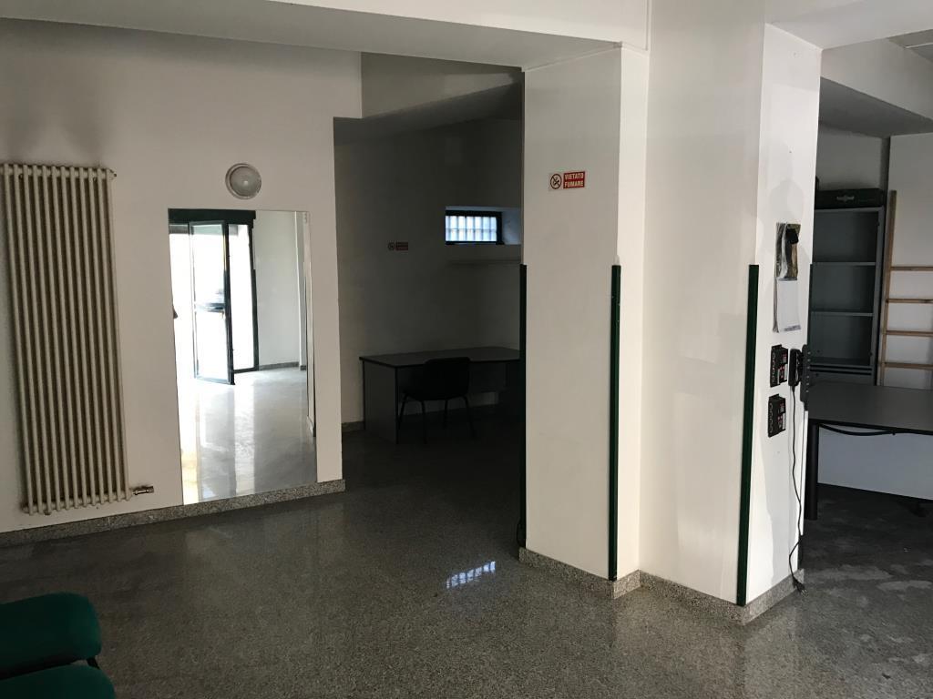 Negozio / Locale in vendita a Lecco, 2 locali, prezzo € 76.000 | Cambio Casa.it