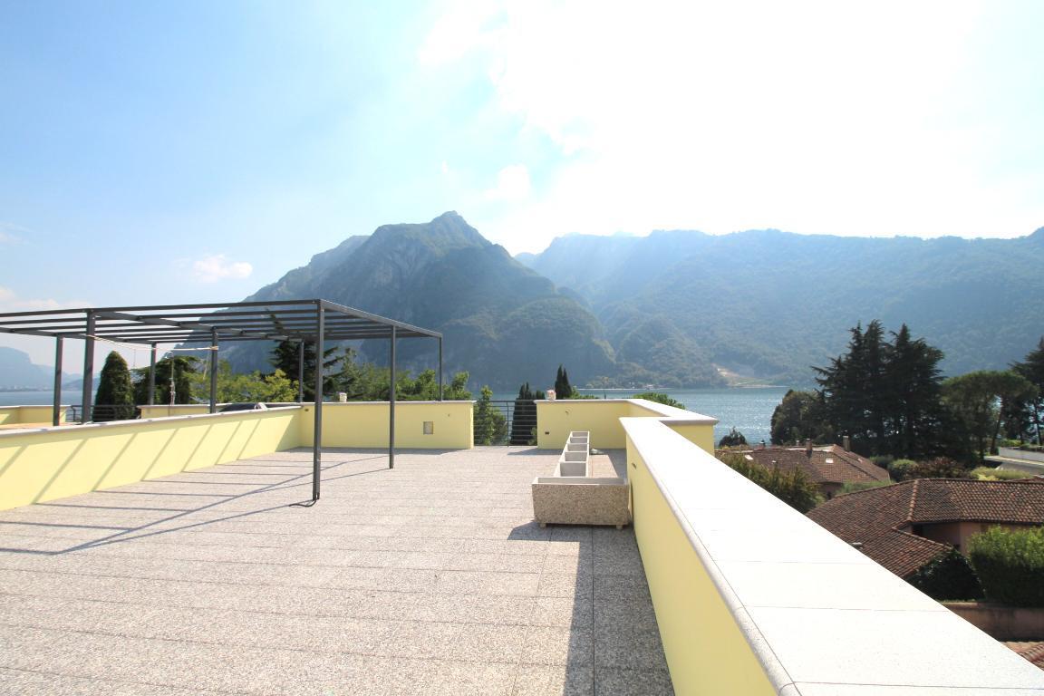Appartamento in vendita a Abbadia Lariana, 3 locali, prezzo € 255.000 | Cambio Casa.it