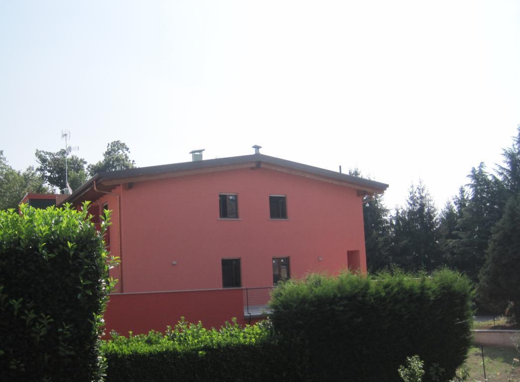 Bilocale Missaglia Via G. Garibaldi 5
