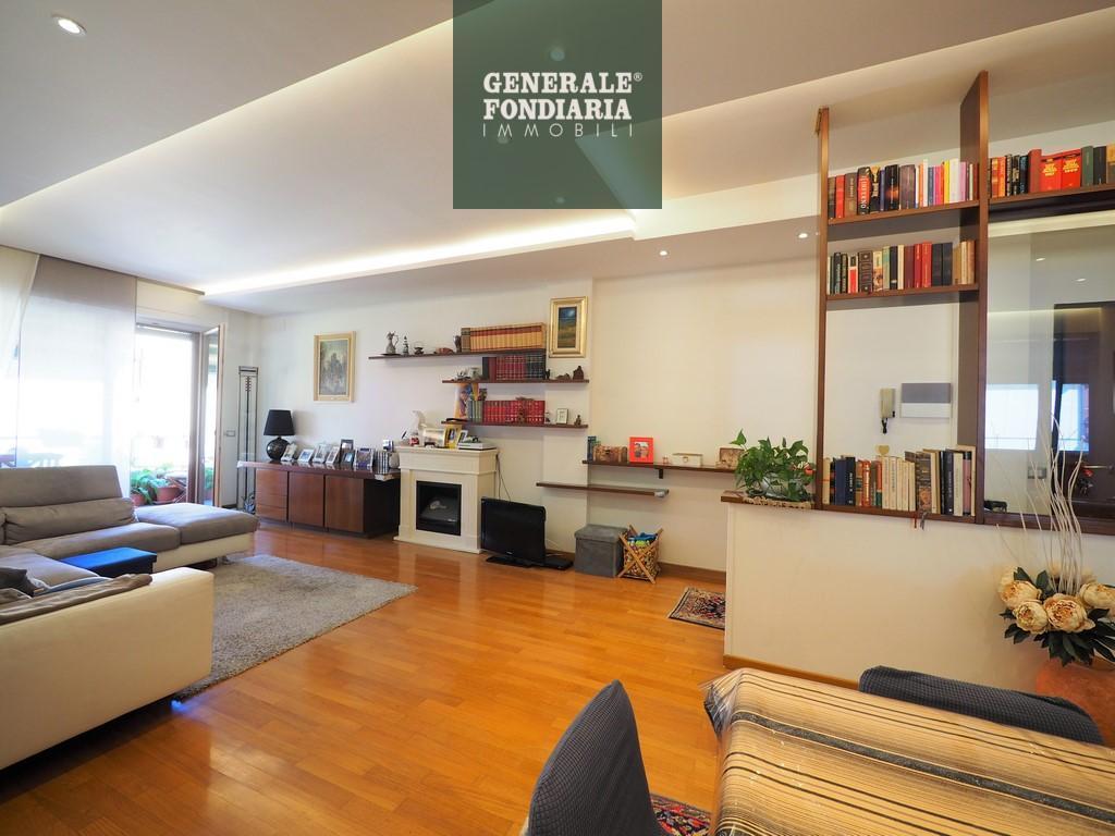 Appartamento, 115 Mq, Vendita - Follo (SP)