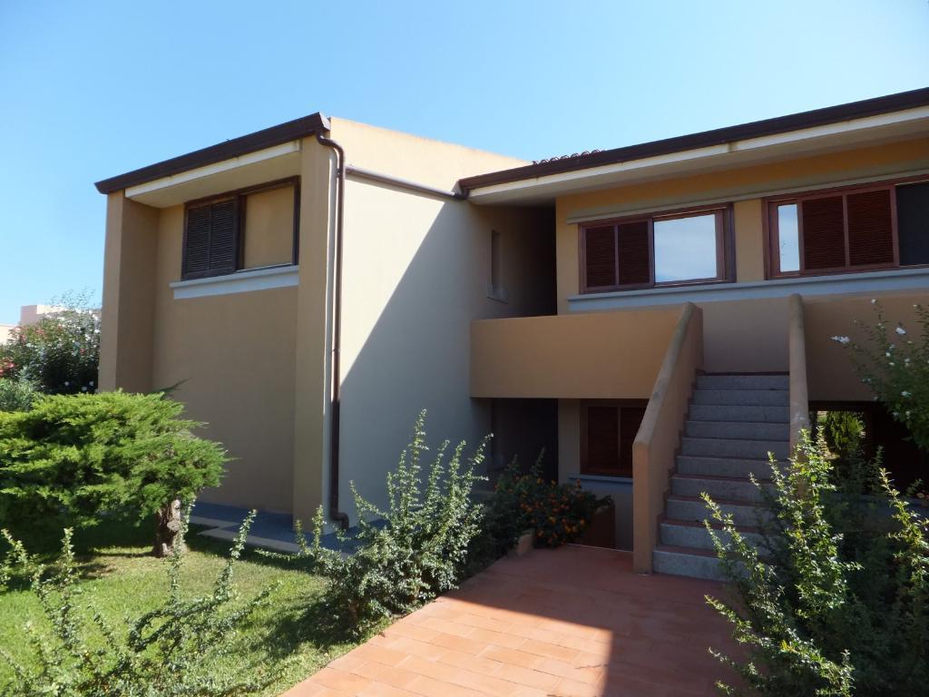 Appartamento in vendita a San Teodoro, 2 locali, prezzo € 159.000   Cambio Casa.it