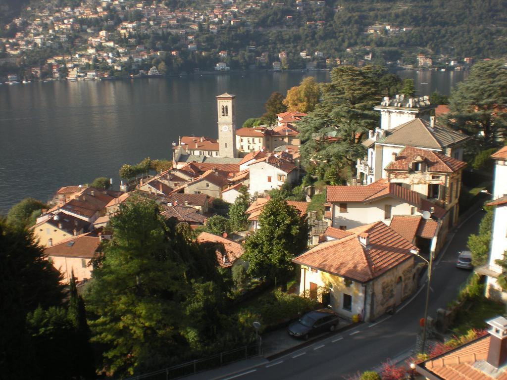 Appartamento in affitto a Torno, 2 locali, prezzo € 500 | Cambio Casa.it