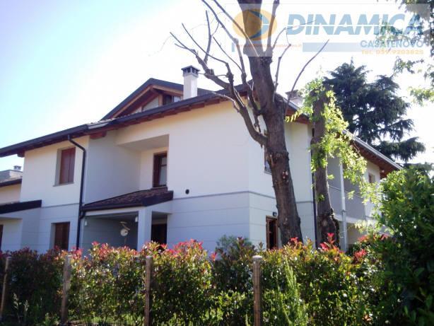 Bilocale Lomagna Via Villaggio Dei Pini 5