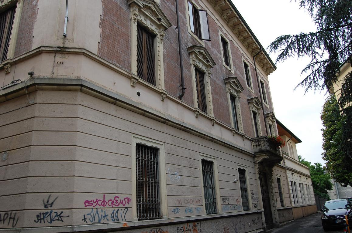 Bilocale Monza Longhi 1 2