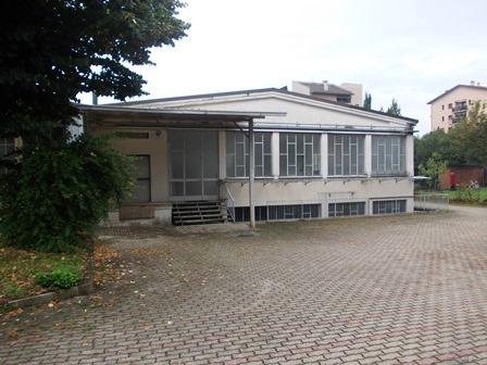 Capannone in affitto a Seregno, 9999 locali, zona Località: S. Valeria, prezzo € 1.800 | Cambio Casa.it