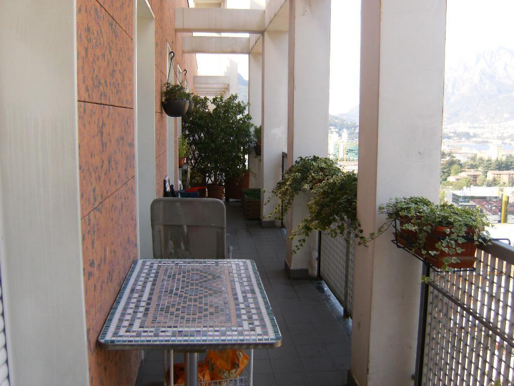 Appartamento in vendita a Lecco, 3 locali, prezzo € 240.000 | Cambio Casa.it