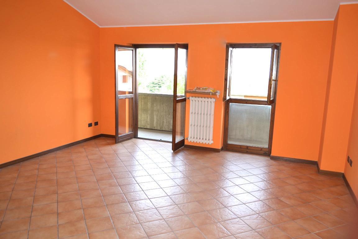 Appartamento in vendita a Sotto il Monte Giovanni XXIII, 3 locali, prezzo € 155.000 | Cambio Casa.it
