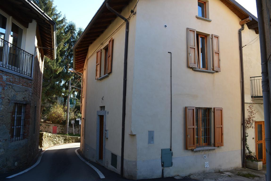 Bilocale Missaglia Via Alpi 19 2
