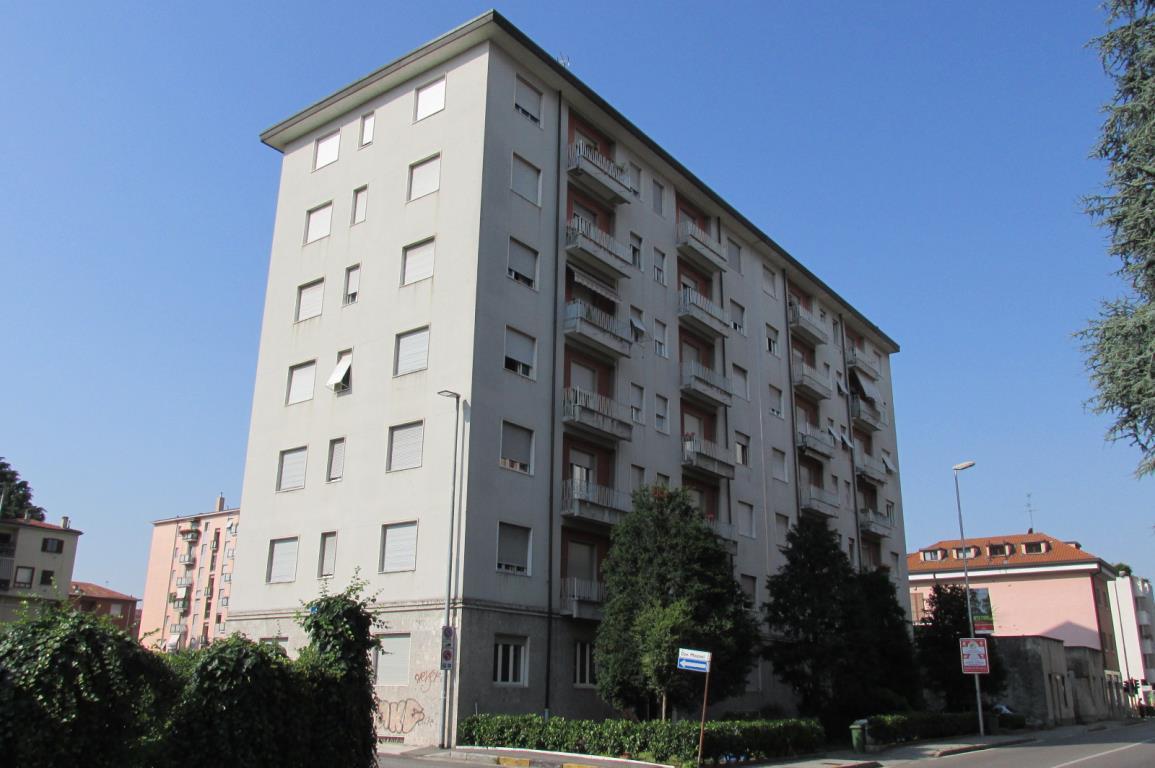 Bilocale Monza Via Cavallotti 101 6