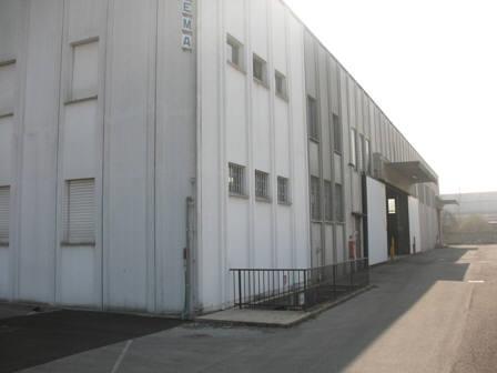Capannone in affitto a Monza, 9999 locali, zona Località: S. Fruttuoso, prezzo € 10.000 | Cambio Casa.it