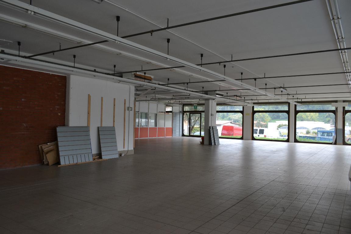 Attività / Licenza in affitto a Palazzago, 9999 locali, zona Località: statale, prezzo € 4.160 | Cambio Casa.it