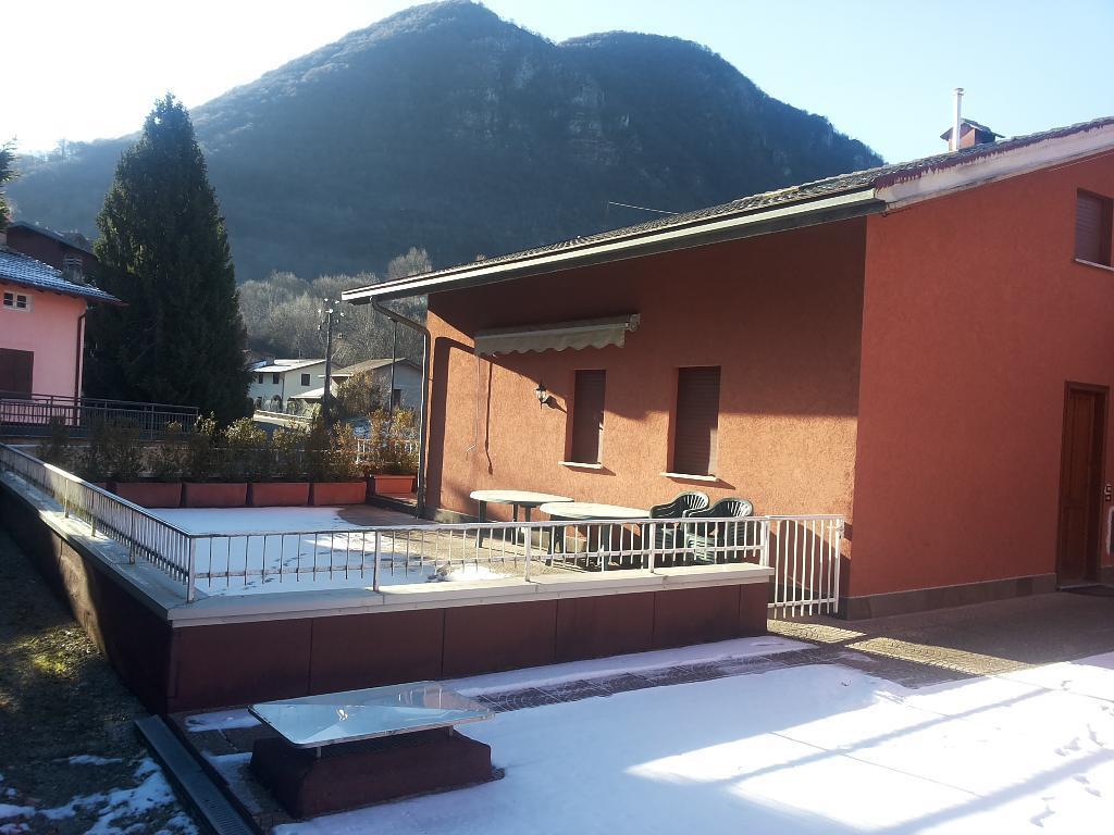 Appartamento in vendita a Cremeno, 3 locali, prezzo € 105.000 | CambioCasa.it