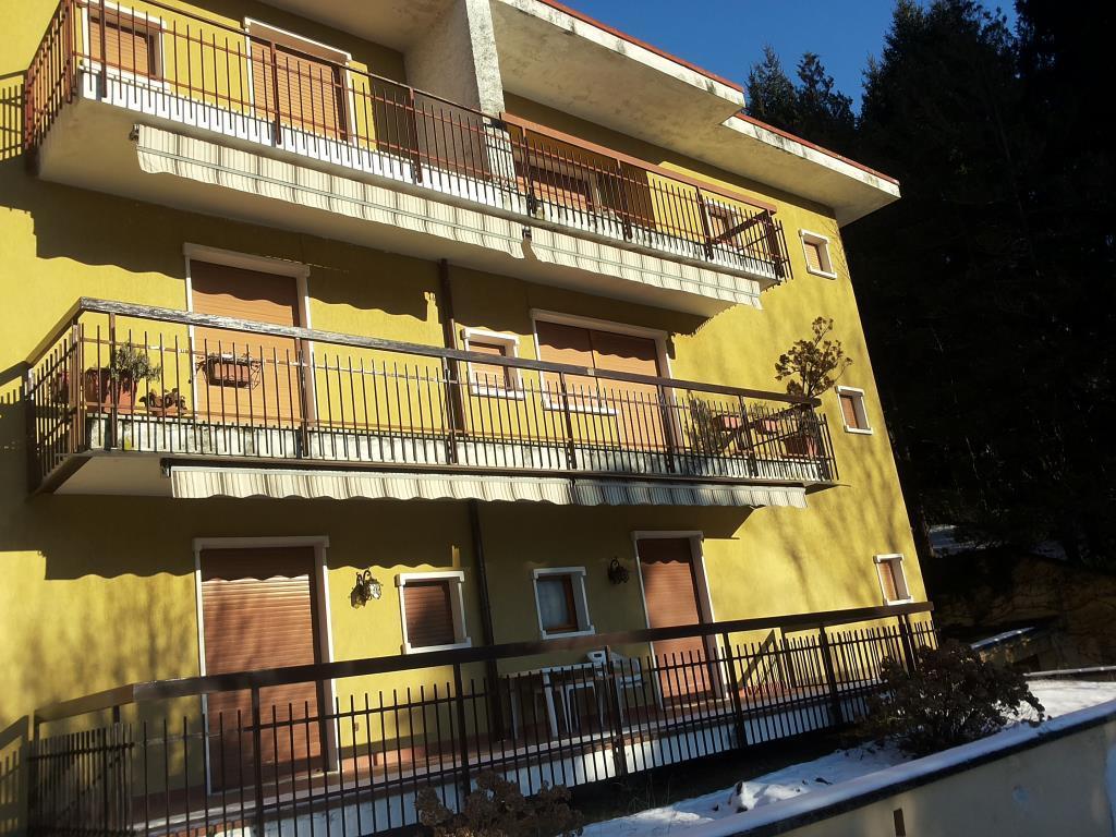 Appartamento in vendita a Cassina Valsassina, 4 locali, prezzo € 75.000 | CambioCasa.it