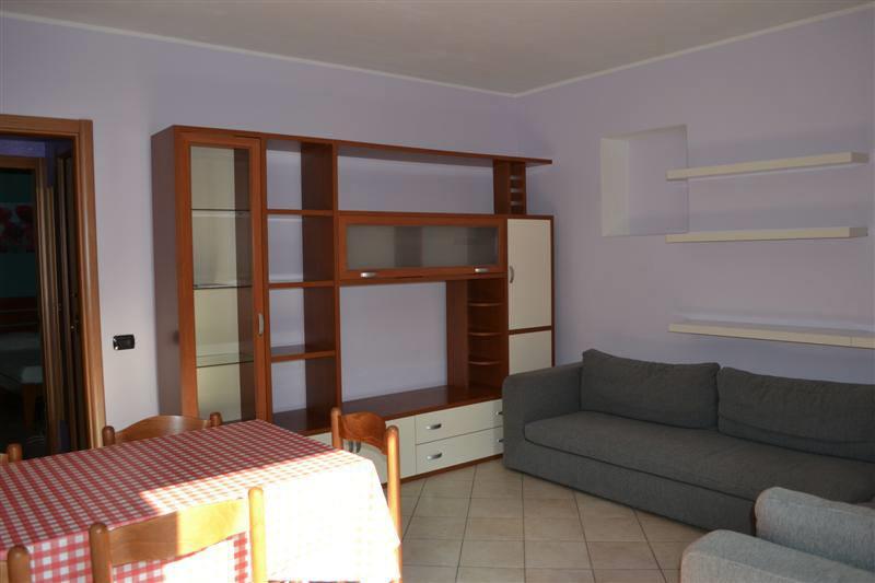 Appartamento in affitto a Airuno, 2 locali, zona Località: Centro, prezzo € 450 | Cambio Casa.it