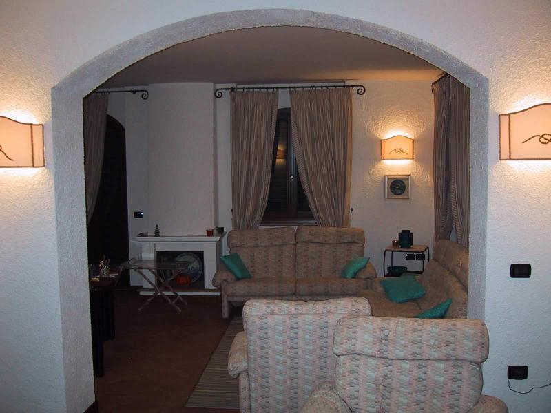 Rif. LC1570/A Vendesi villa in prima fila mare a San Benedetto del Tronto (AP)