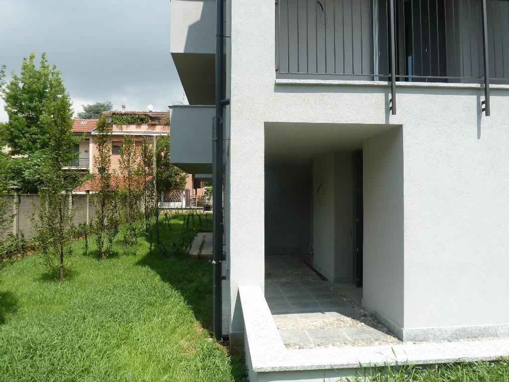 Bilocale Monza Via Medici 18 5