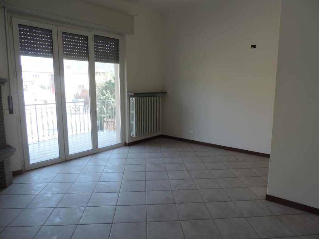 Appartamento in affitto a Cisano Bergamasco, 2 locali, prezzo € 350   CambioCasa.it